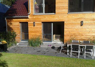 Terrasse aus Schieferplatten